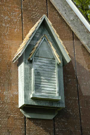 Heartwood Victorian Bat House Made In The Usa Birdhouse