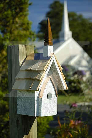 Heartwood classic chapel bird house made in the usa birdhouse for Classic bird houses